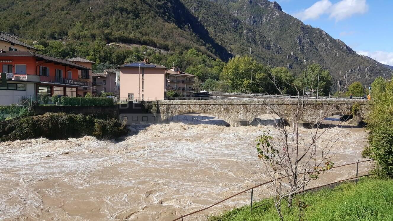 La Bergamasca fa i conti del maltempo: in Val Brembana frane e strade chiuse
