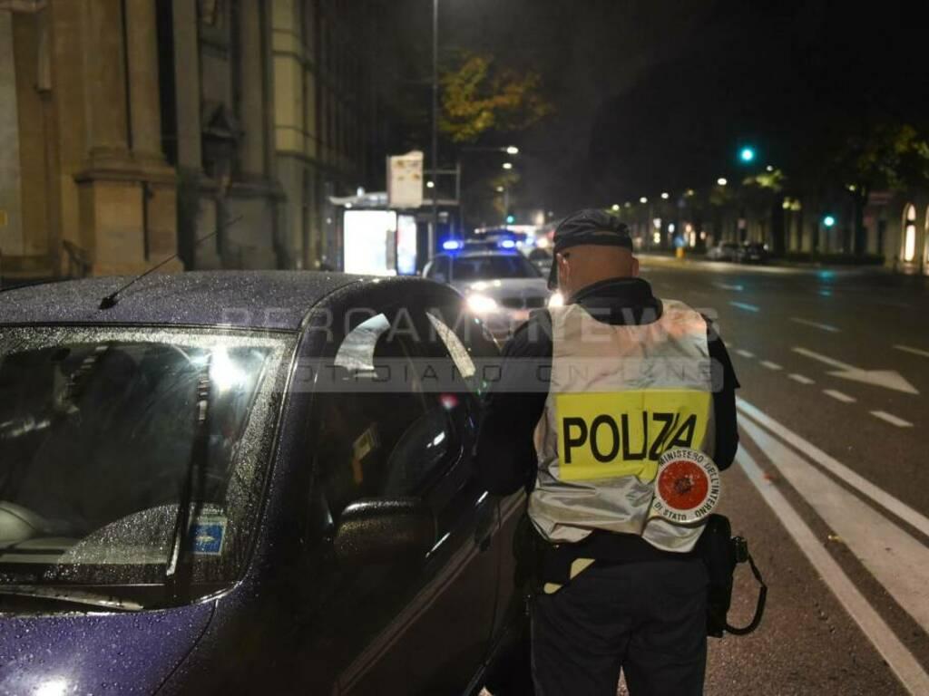 Scatta il coprifuoco, i controlli delle forze dell'ordine