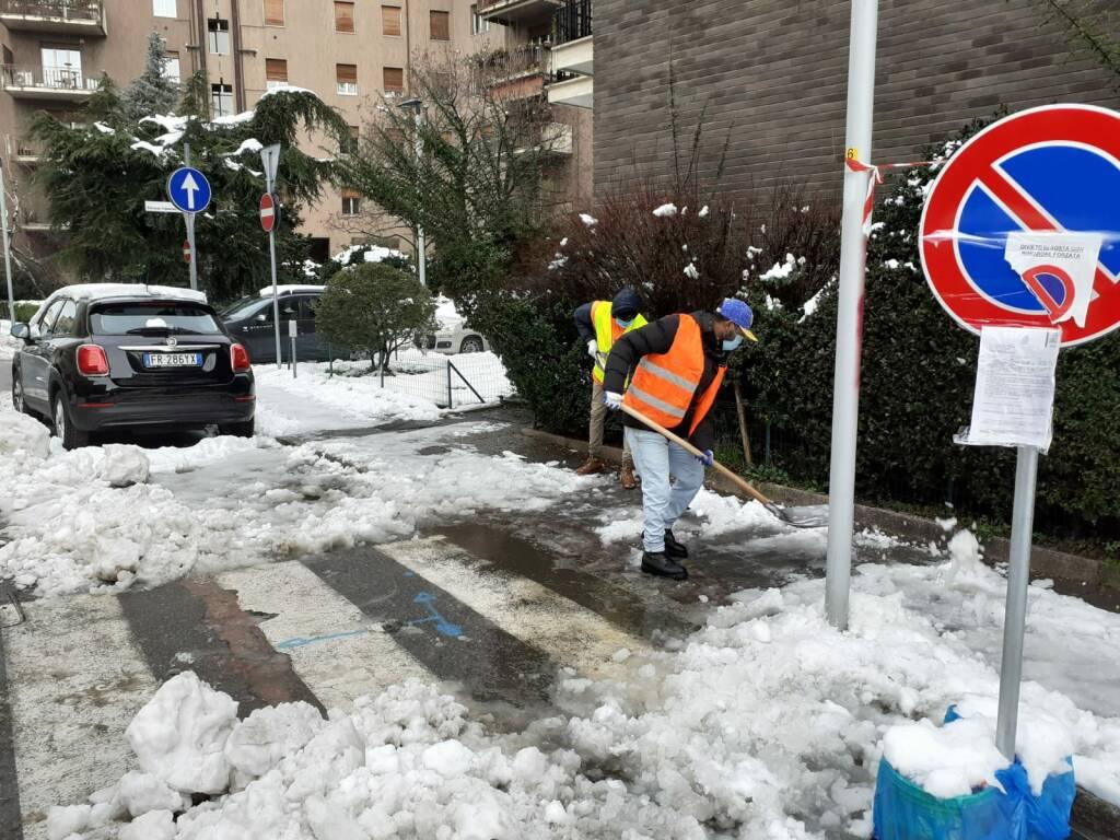 Aprica ,e Ruah anti neve