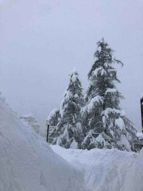 Due metri di neve a Foppolo