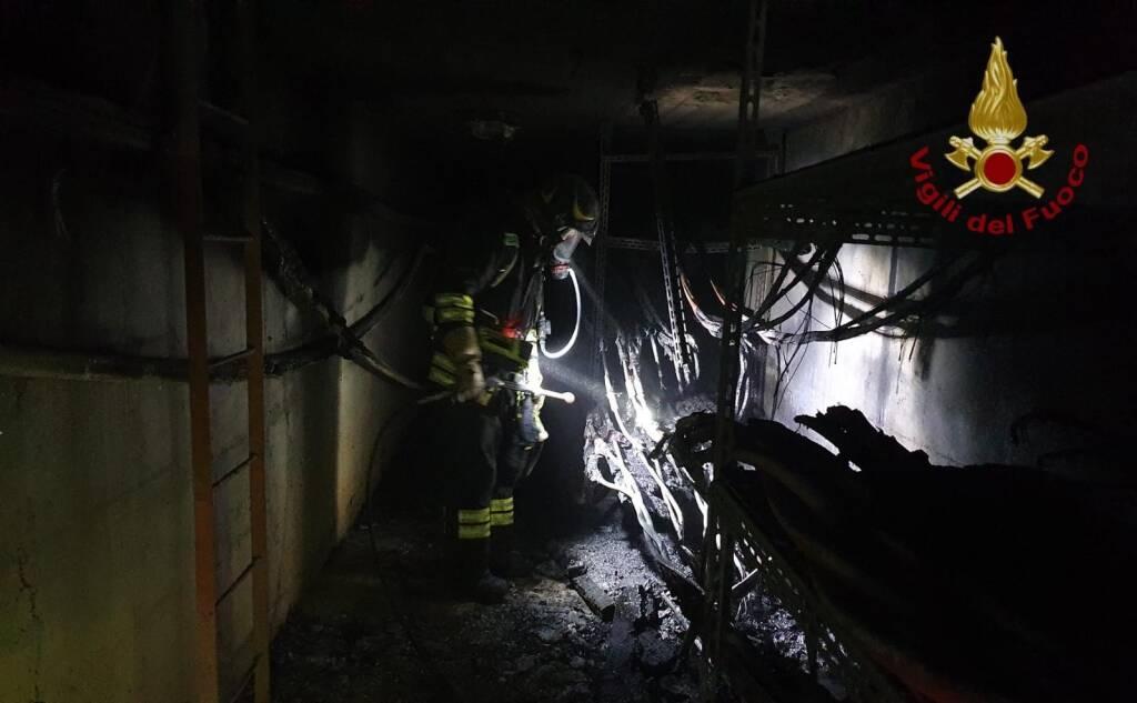 In fiamme una cabina elettrica a Villa di Serio