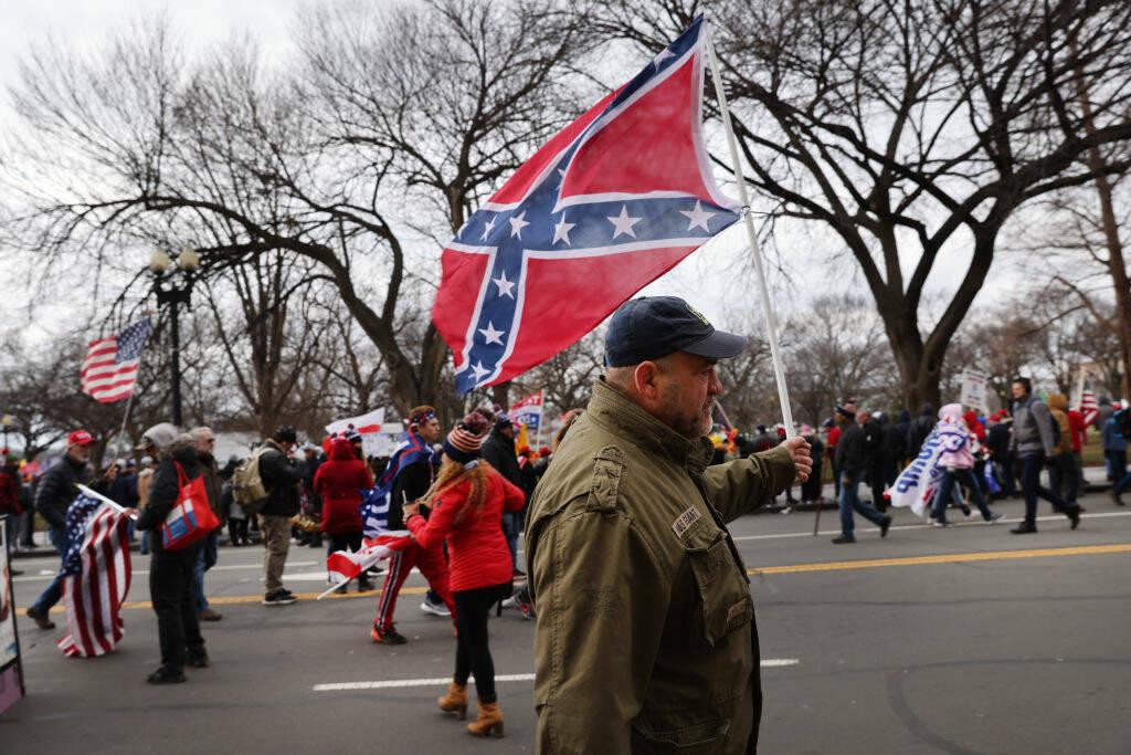 bandiera scontri