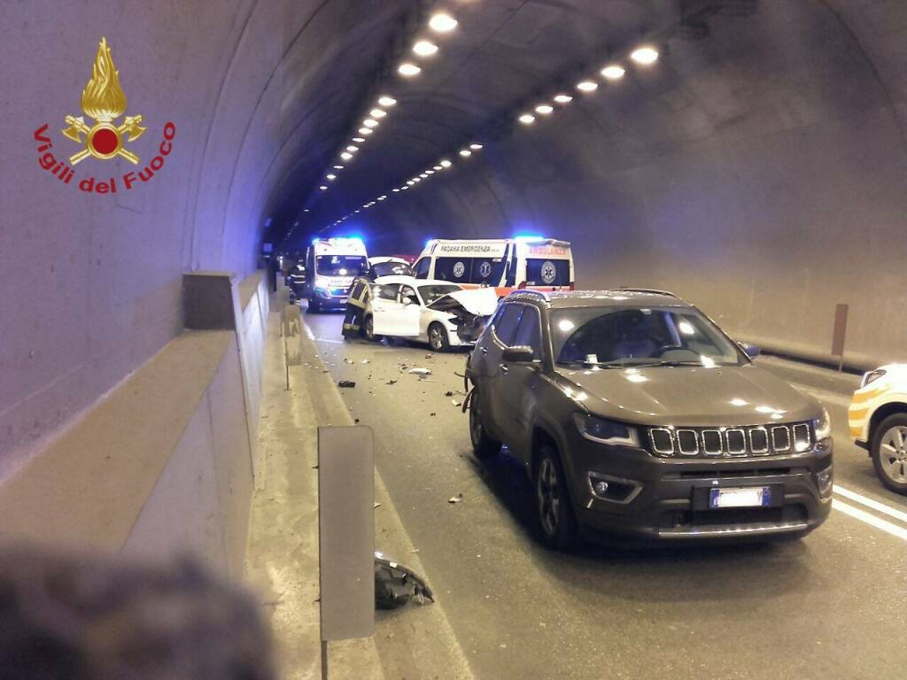 incidente galleria Montenegrone