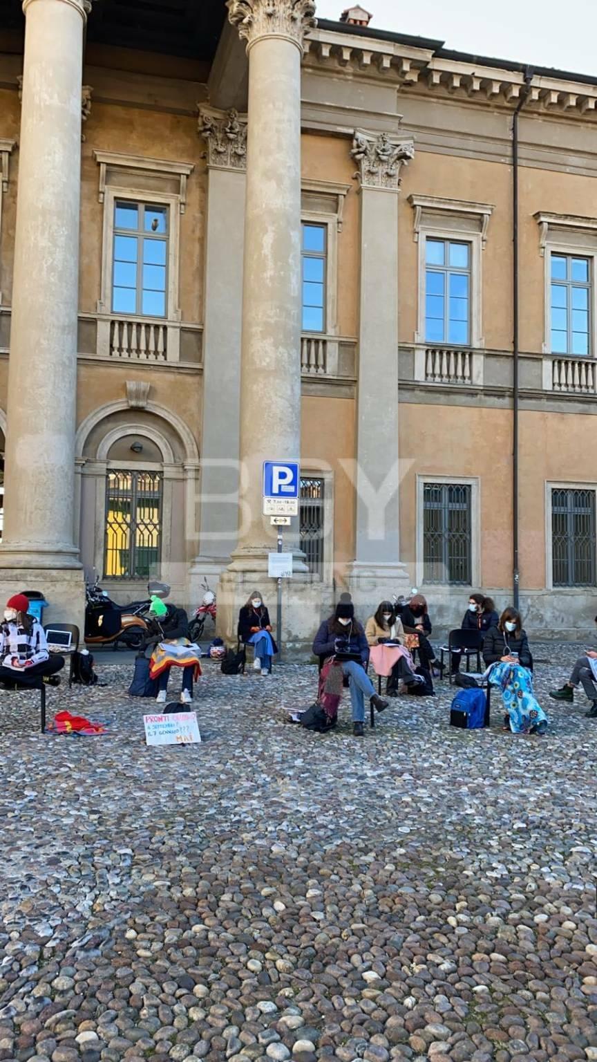 """Proteste al Sarpi: """"Il Governo sta violando un nostro diritto"""""""