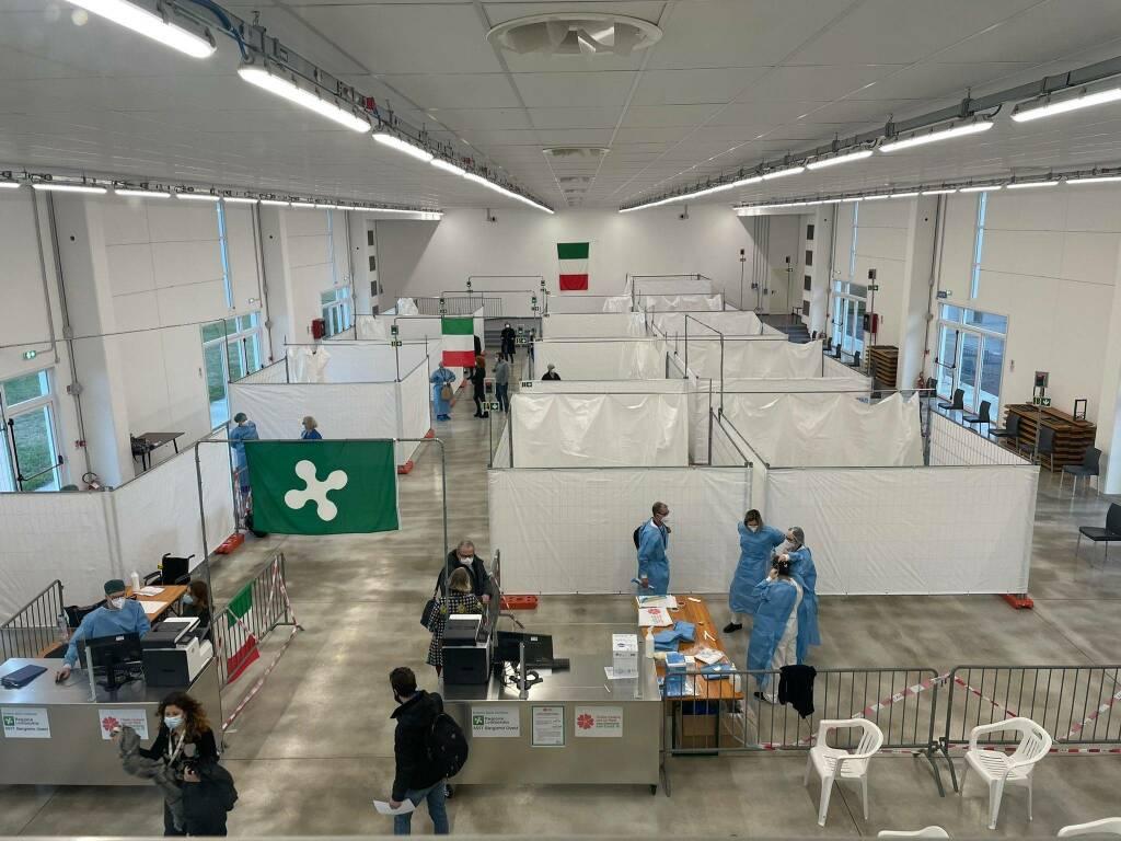 Al PalaSpirà la Fase 1 bis delle vaccinazioni: 260 somministrazioni il primo giorno