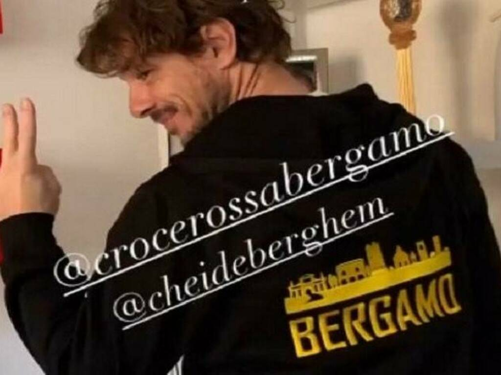 Anche Giorgio Pasotti sostiene la raccolta fondi per Croce Rossa di Bergamo