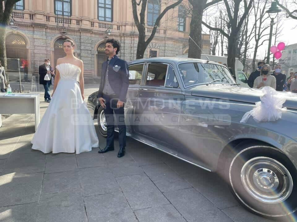 """""""Lavorare in sicurezza è possibile"""": a Bergamo la protesta del settore matrimoni"""