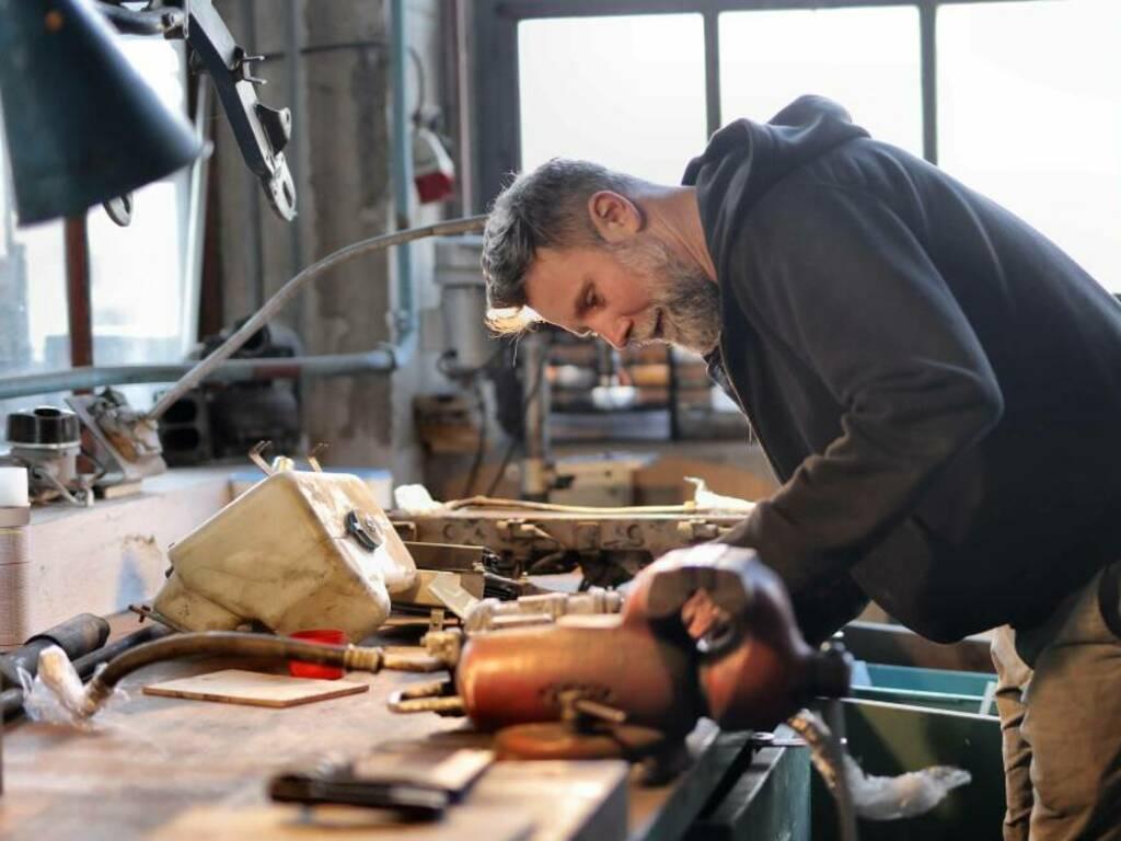 lavoro - artigiano Foto di Andrea Piacquadio da Pexels