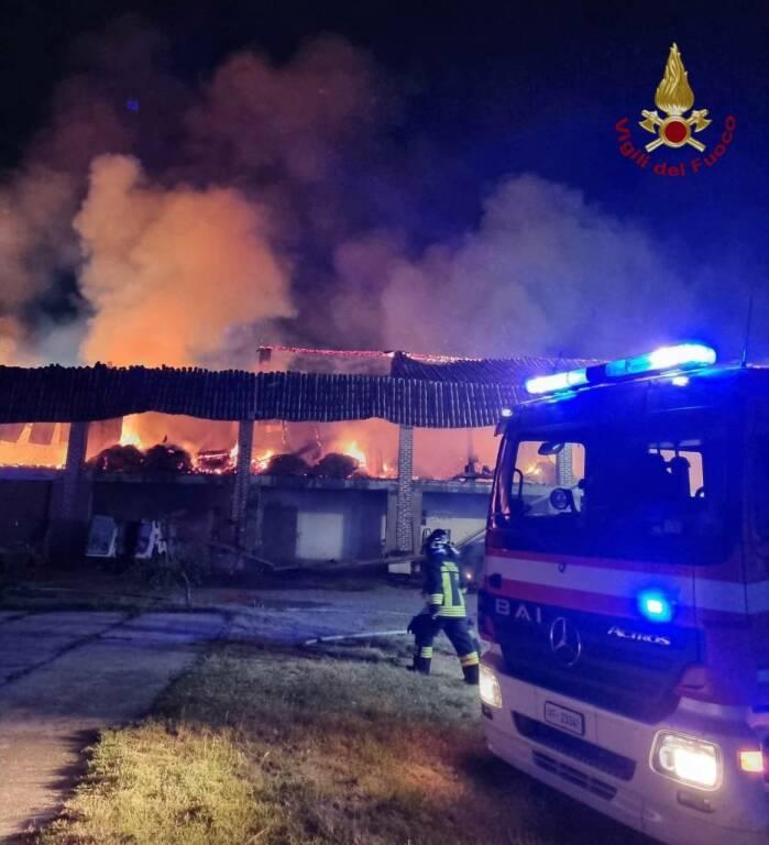 Incendio fienile Treviglio