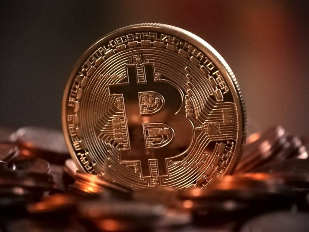 L'Iran vieta il mining di Bitcoin dopo i blackout di massa