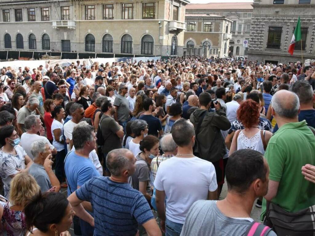 No-vax in piazza per protestare contro il Green pass
