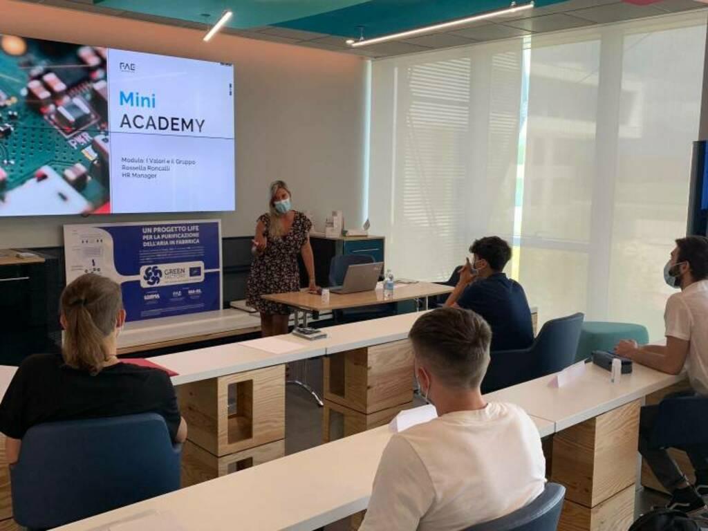 Sette settimane in azienda e poi l'assunzione, la Mini Academy di FAE Technology