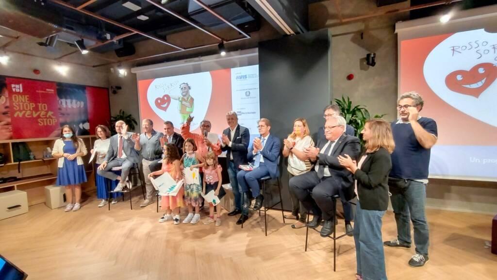 """Avis Lombardia, nazionale e provinciale Bergamo presentano """"Rosso sorriso, la casa dei regali"""""""