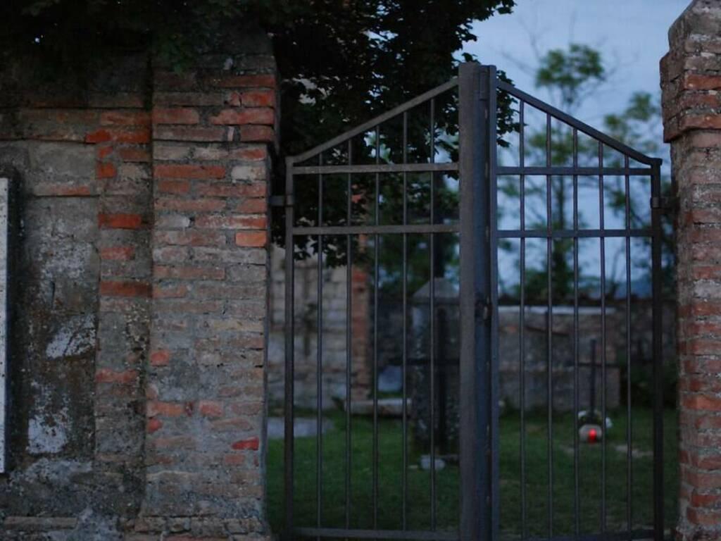 cimitero (foto Flickr)