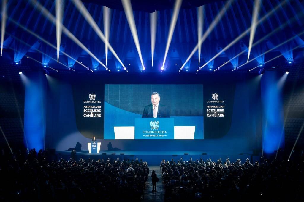 """Draghi all'assemblea di Confindustria: """"Facciamo in modo che questa ripresa sia duratura e sostenibile"""""""